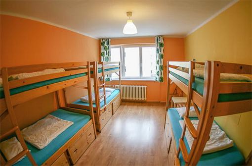 Hosteli